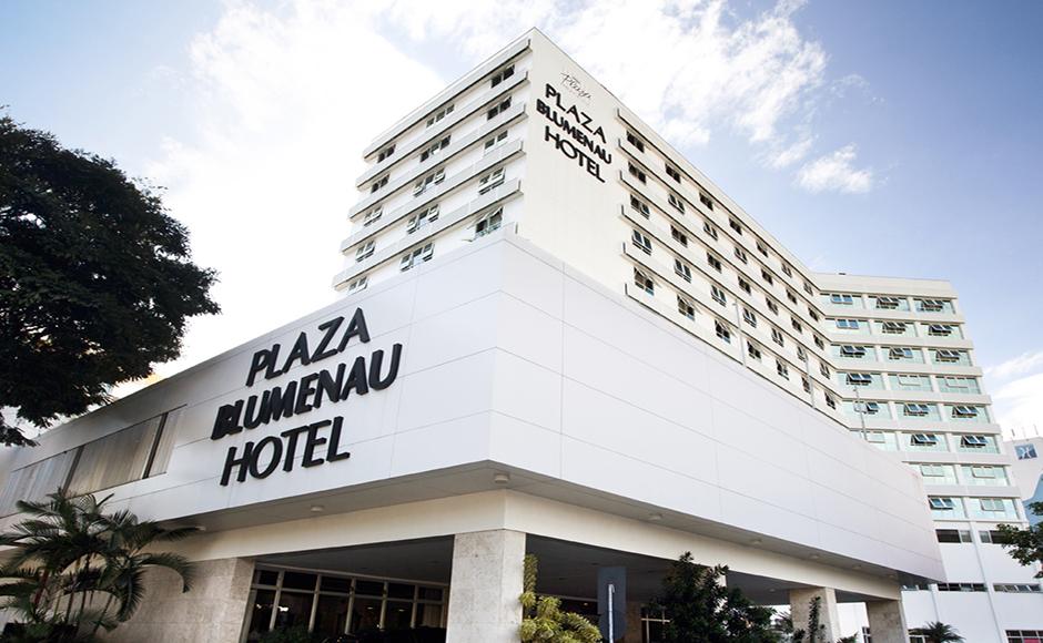 fachada-hotel-em-blumenau